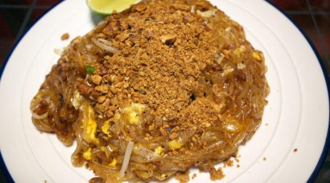 タイ料理の食べれる店 サワディー(伊那市;細めん焼きそば パッタイ)