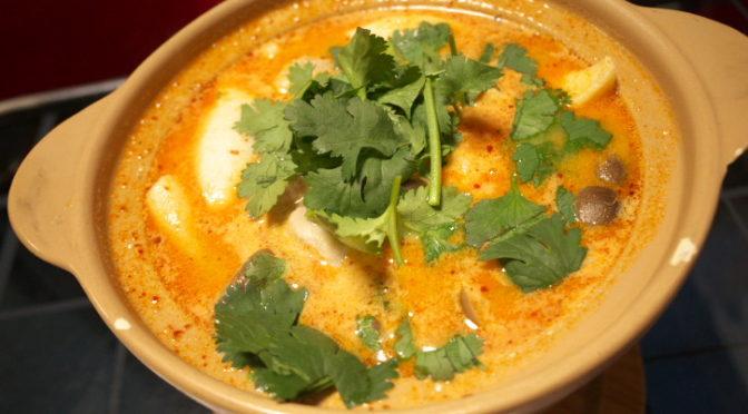 タイ料理の食べれる店 サワディー(伊那市;トムヤムガイを美味しい辛さで)