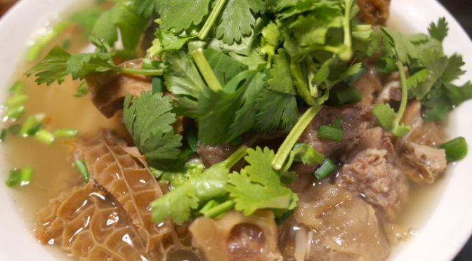 タイ料理の食べれる店 サワディー(伊那市;牛すじラーメン)
