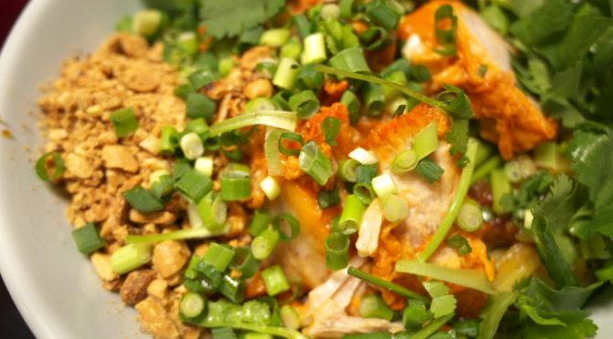 バーミーヘン@タイ料理の食べれる店 サワディー(伊那市)