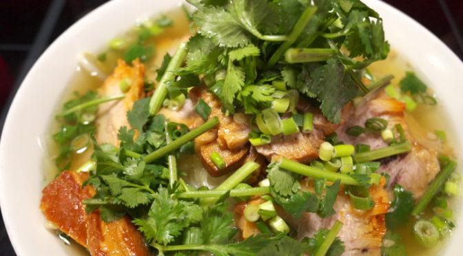 タイ料理の食べれる店 サワディー(伊那市;豚肉ラーメン)